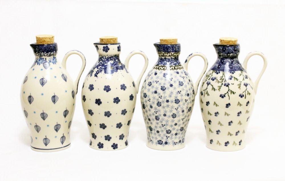 Aceiteras de cerámica polaca.